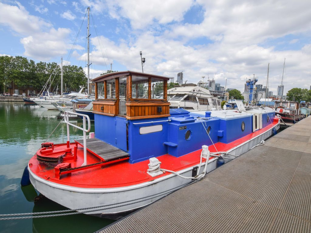 Barge 15m With London Mooring