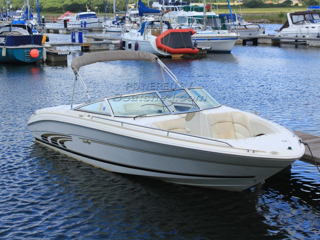 Sea Ray 230 Bowrider