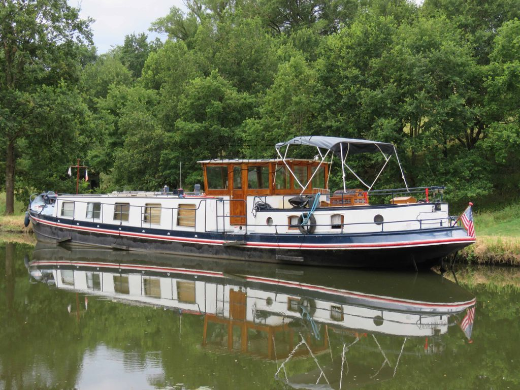 Dutch Barge Luxe Motor Cert. Communautaire Available Until 2023