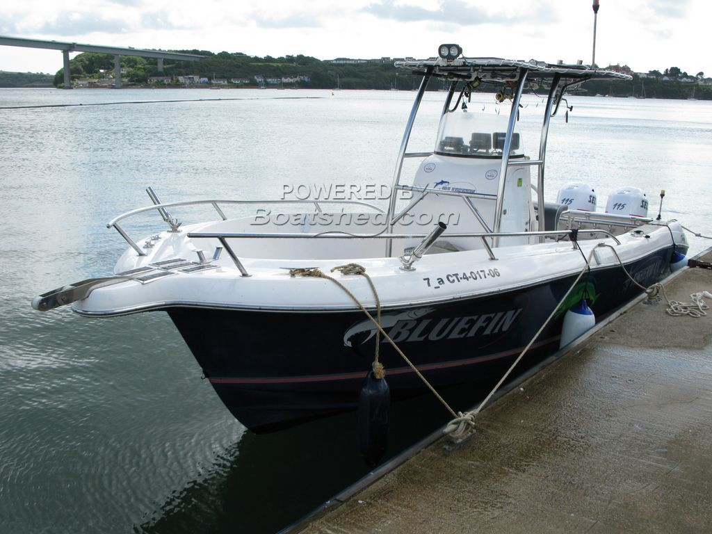 Fibrafort Fisherman 238 Twin Engined