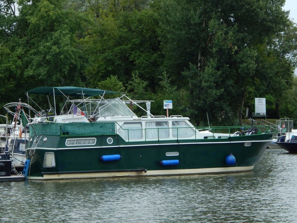 Dutch Steel Motor Cruiser Available From Septembre