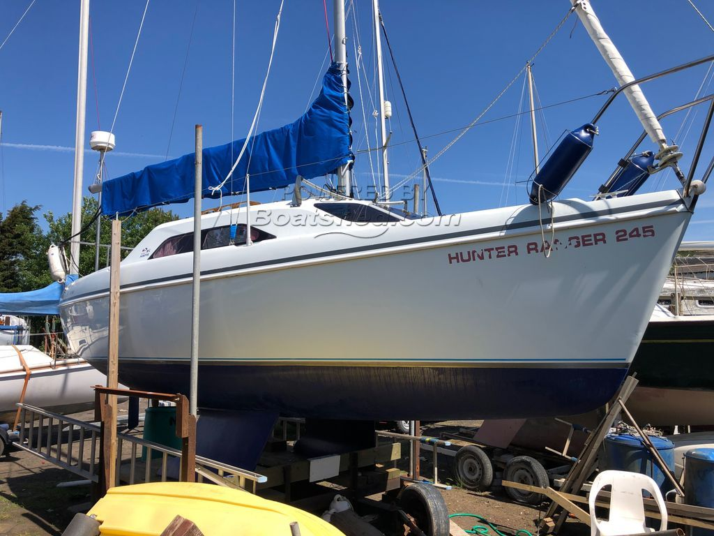 Hunter Ranger 245