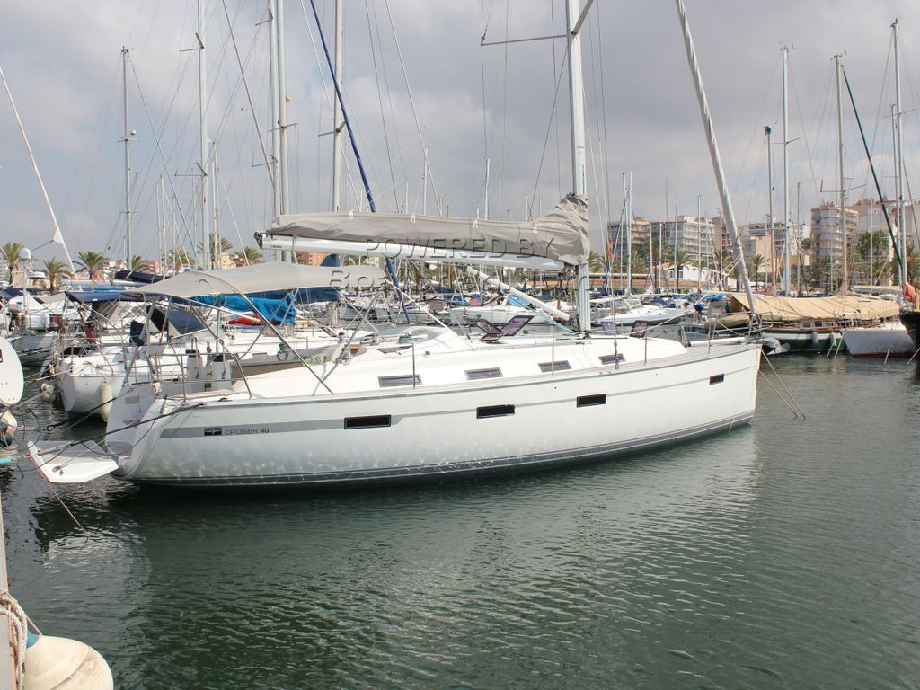 Bavaria 40 Cruiser Three Cabin Version