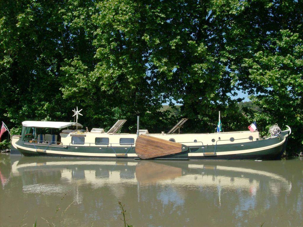 Dutch Barge Tjalk Liveaboard Cruiser