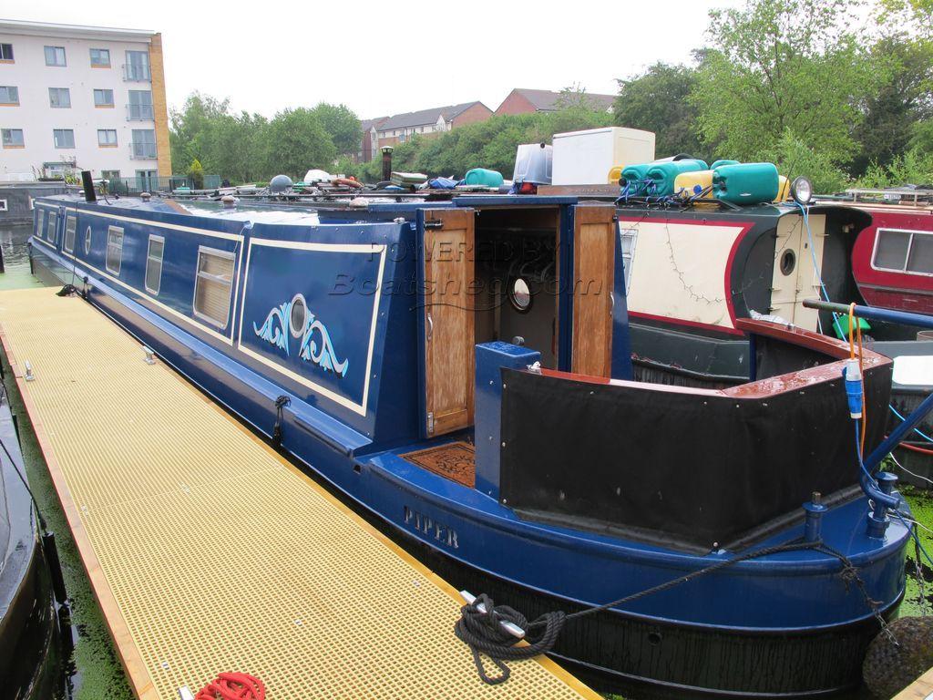 Narrowboat 69ft Cruiser Stern