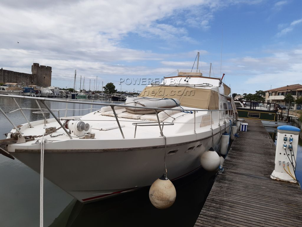 Guy Couach 1600 Flybridge