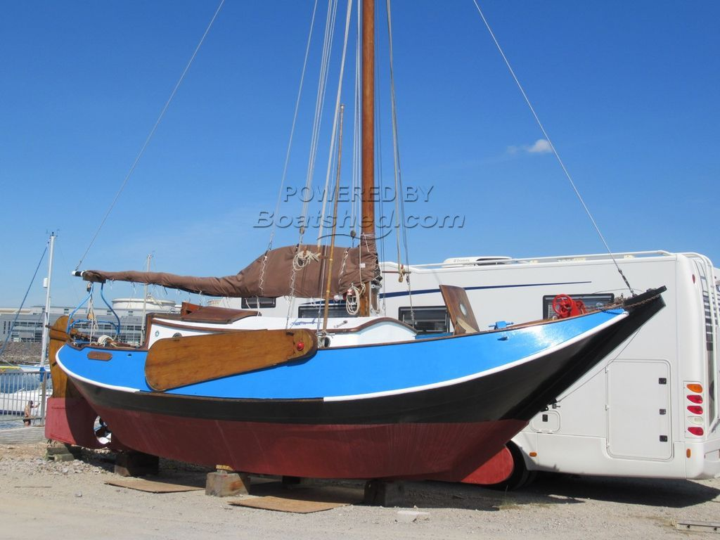 Dutch Sailing Boat Lunstroo Hoogaars 9.25 Steel Traditional