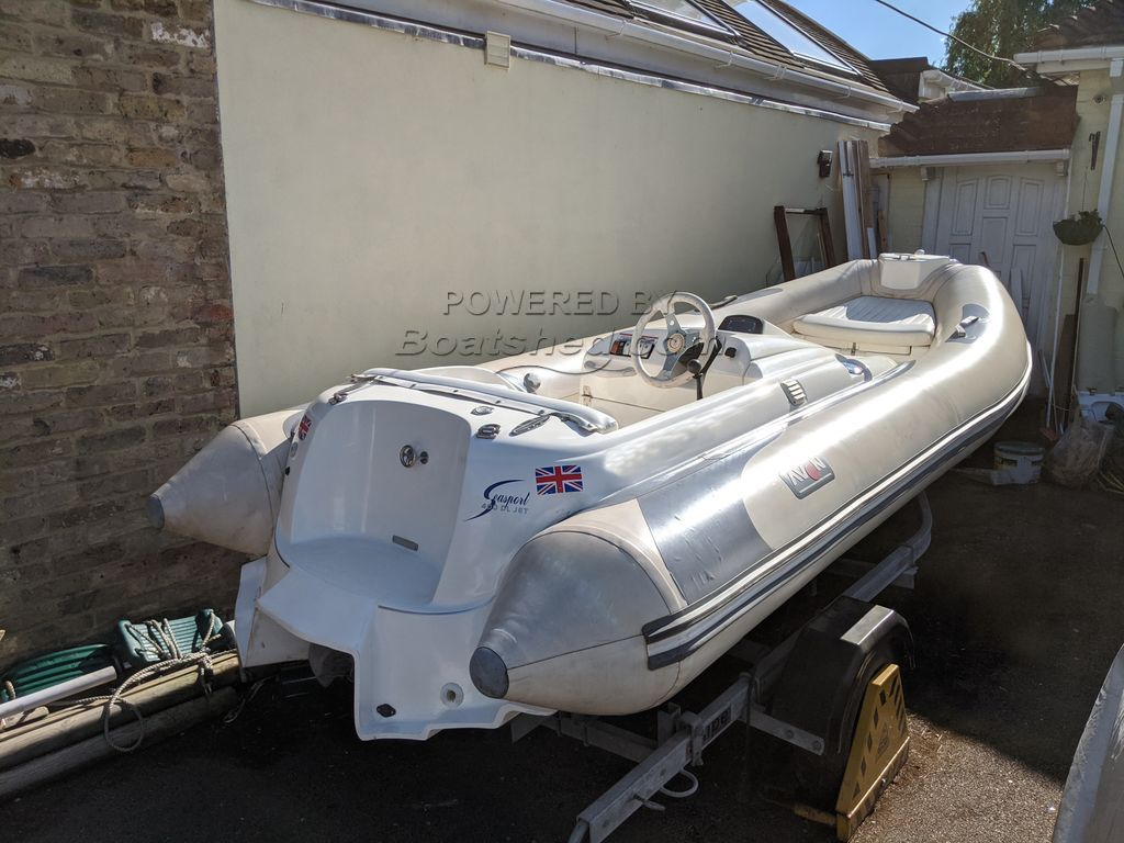 Avon Seasport 400 DL Jet