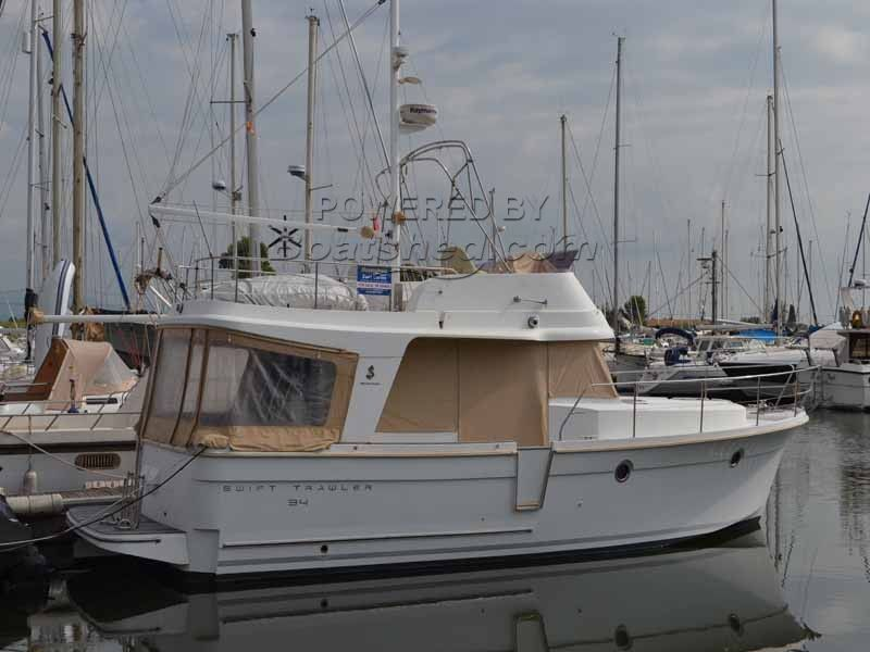 Beneteau Swift Trawler 34 Fly Bridge