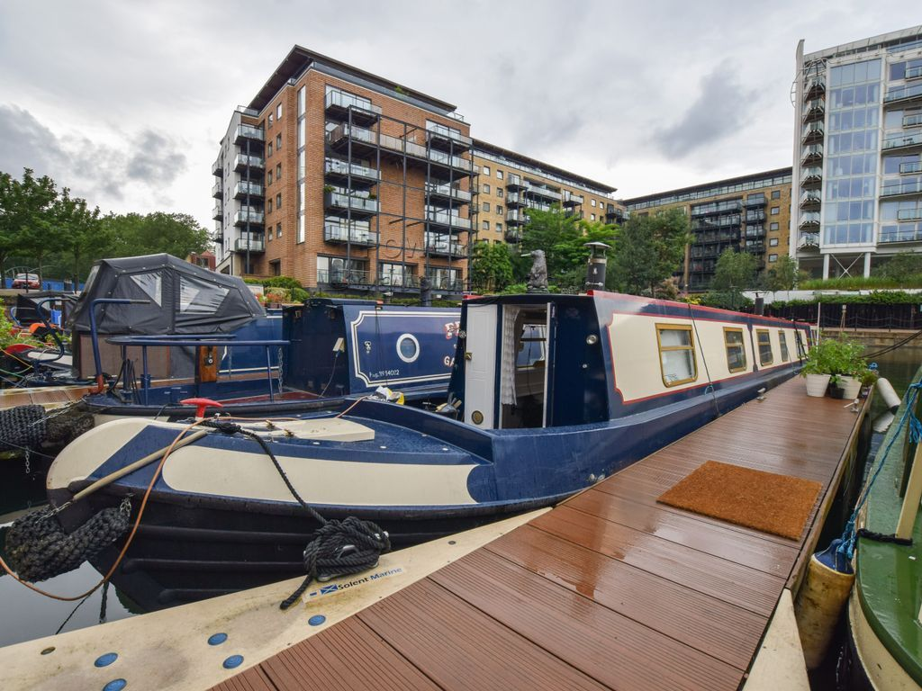 Narrowboat 62ft Trad Stern