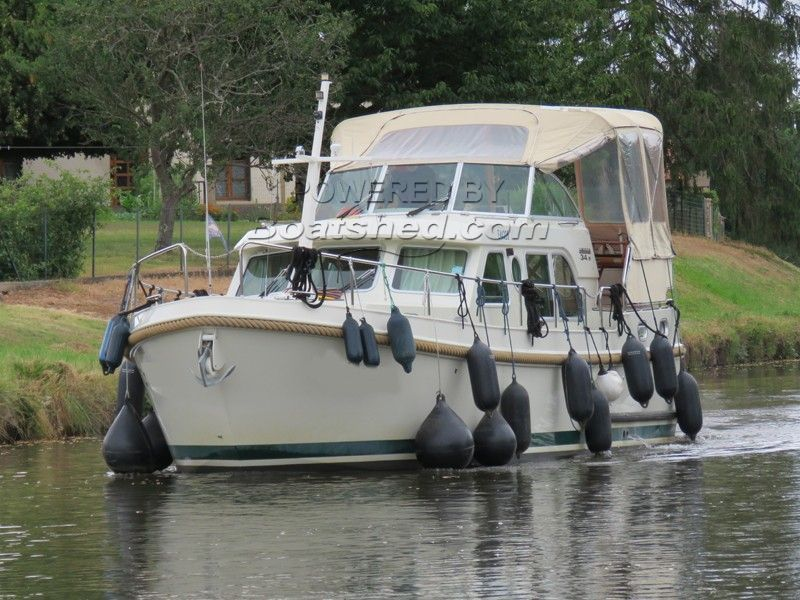 Linssen Grand Sturdy 34.9 AC One Owner Only VAT Paid