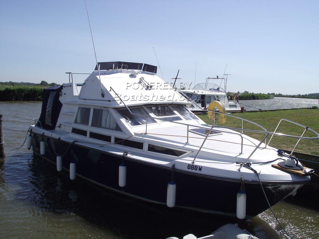 Coronet Deep Sea 32 Flybridge