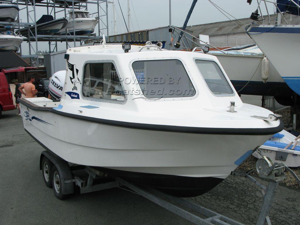 Sea Hawk 19 Cuddy
