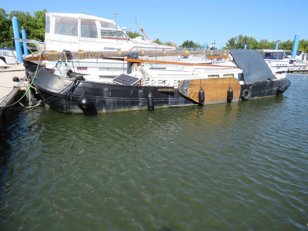 Dutch Tjalk Sailing Tjalk