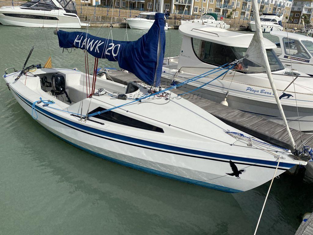 Hawk 20 Cabin