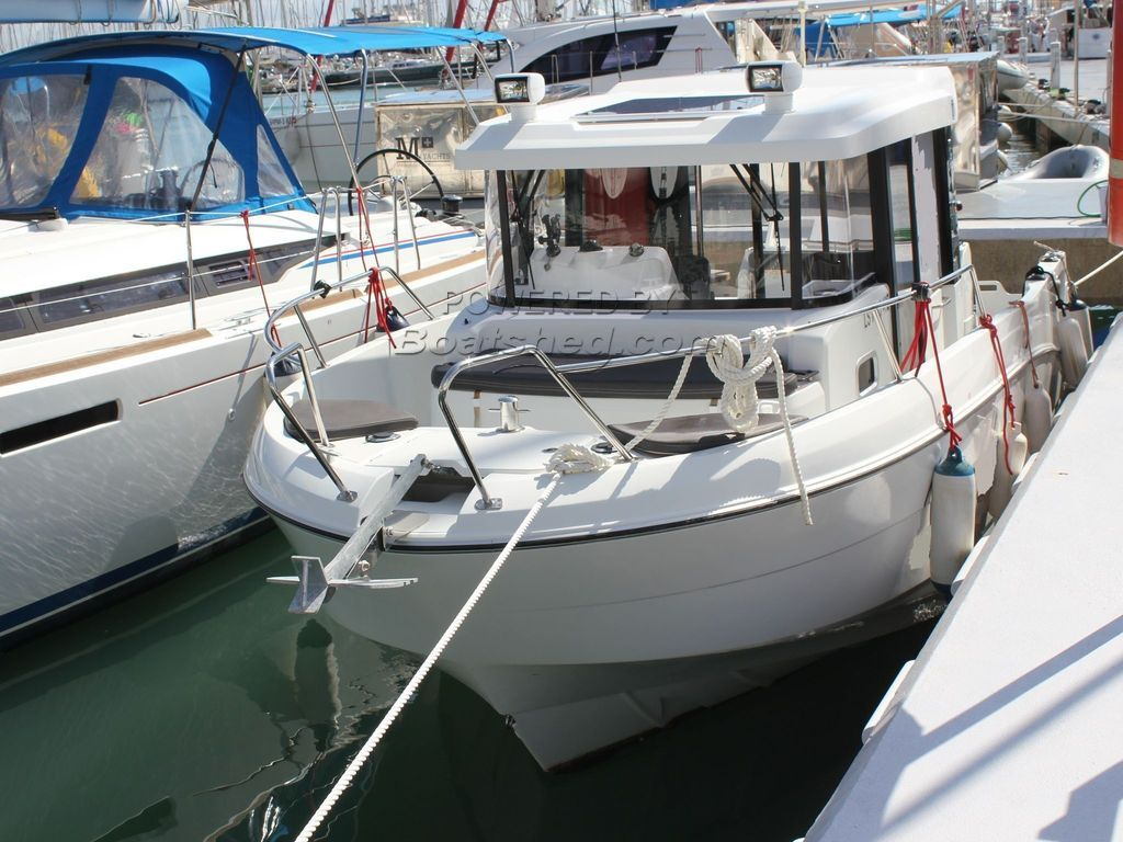 Beneteau Barracuda 8 Twin 150hp Outboard Version