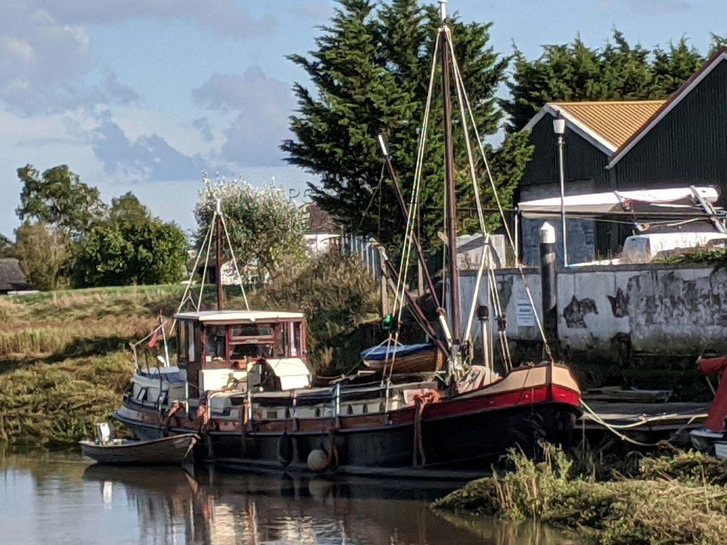 Luxemotor Dutch  Barge Katwijker