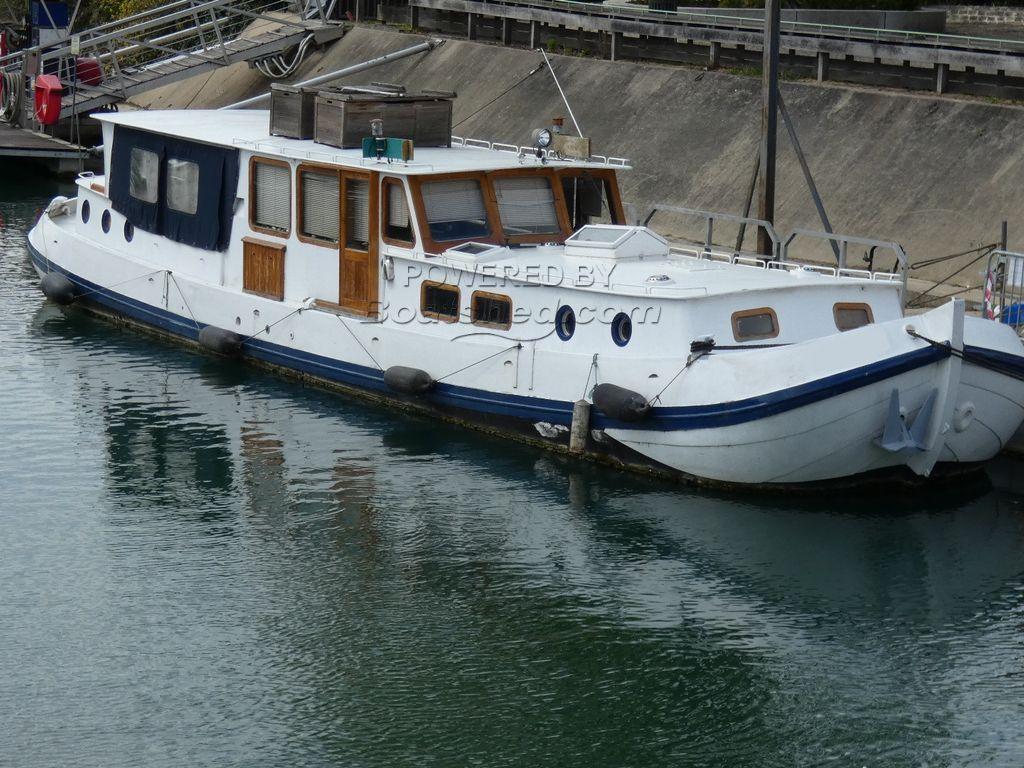 Dutch Barge Tjalk Live Aboard Possible