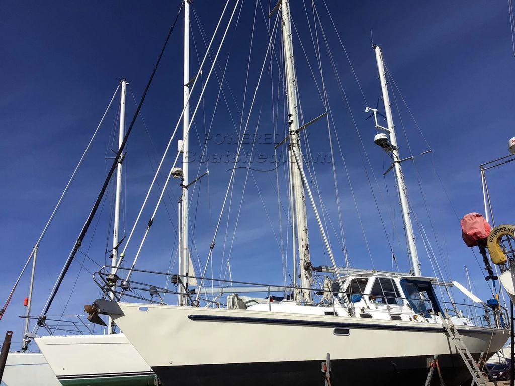 Huntward Boats Int. 45' Steel Ketch