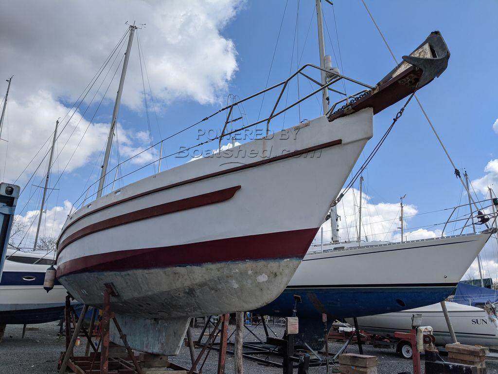 One Off Robert Tucker 40ft Off-shore Design