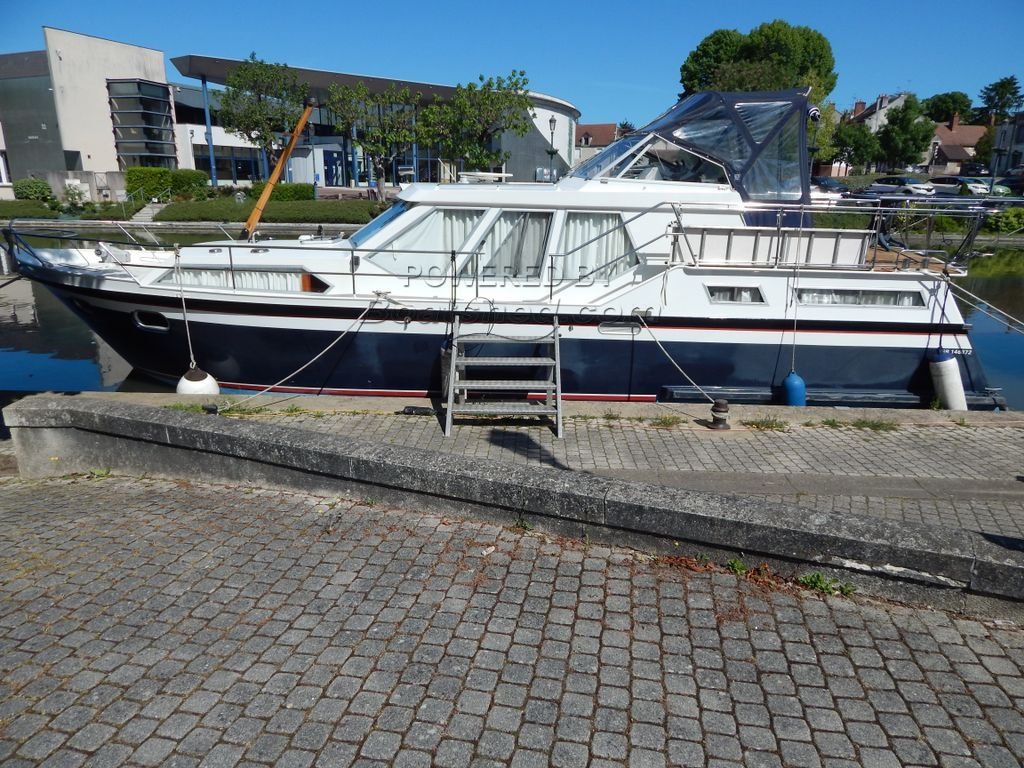 Stevens 1240 S Live Aboard Cruiser