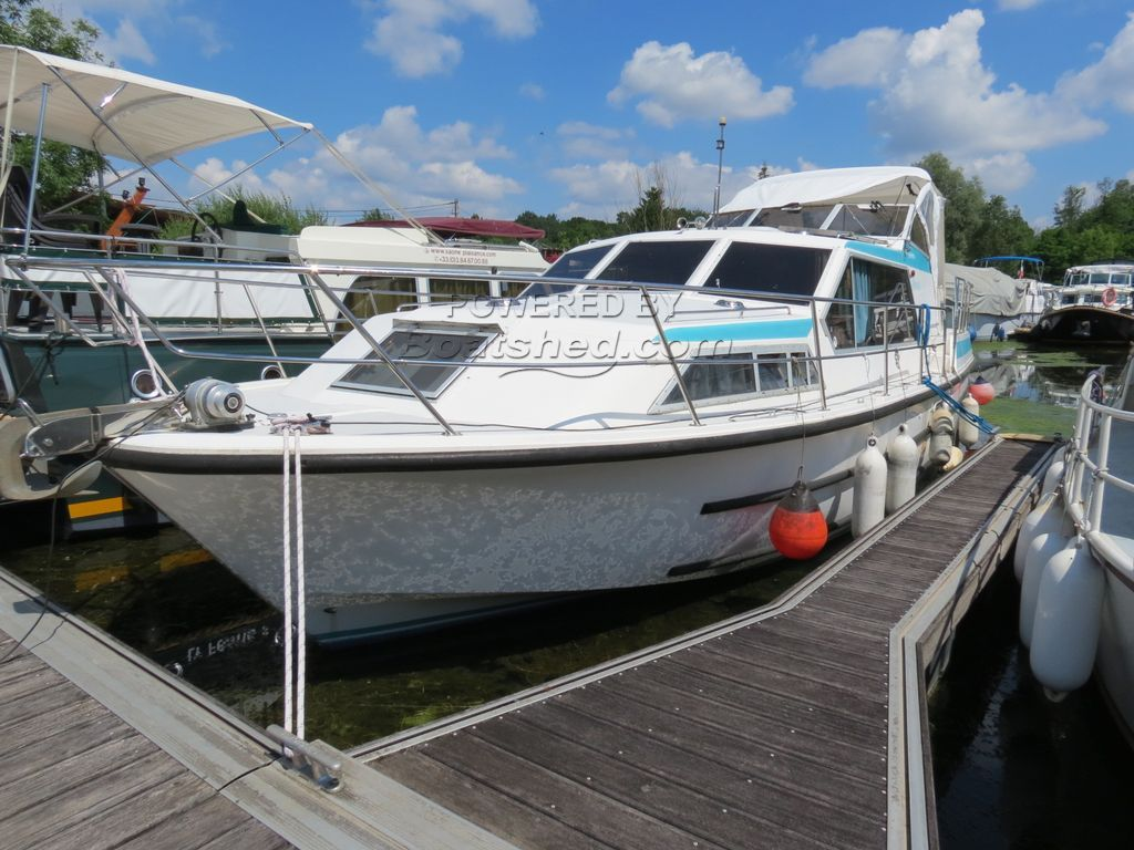 Haines 37 LS Second Owner Only