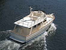 Mariner 42 Classic Trawler Sedan with Flybridge
