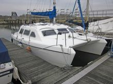 Solaris Sunbeam 24 Catamaran