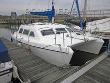Solaris Sunbeam 24 Catamaran