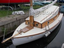 Broads traditional sailing yacht River cruiser