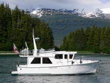Helmsman Trawlers - 38 Pilothouse