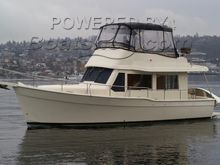 Mainship 34 Trawler Flybridge Sedan