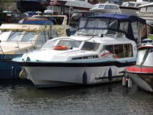 Aquafibre 38 Lowliner Live aboard Potential. Further Price Reduction!