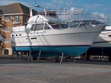 Tania 40 Twin Screw Motor Yacht