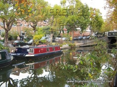 Narrowboat on Central London mooring