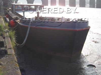 Live-aboard barge Project