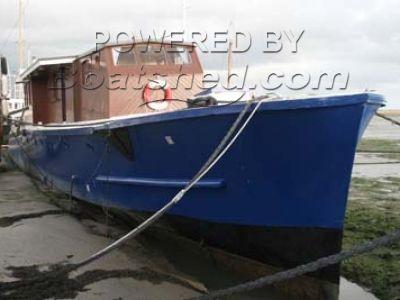 Wooden  Motor gun Boat