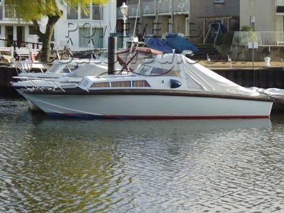Omega 828 Sports Cruiser