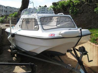 Sea-Swift 435