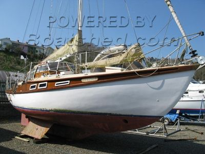 Robert Tucker Wooden Cutter 36'