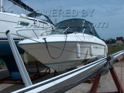 Sea Ray 215 Express Cruiser