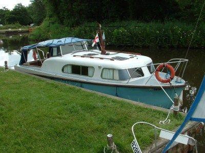 Seamaster 26' Commander