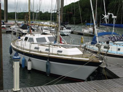 Colvic Countess 33 Deck Saloon