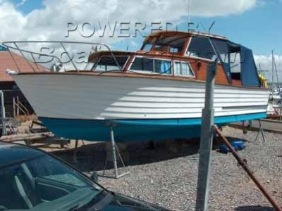 Sandbanks Yacht 27