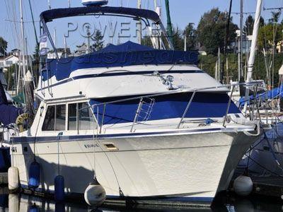 Tollycraft 30 Sport Cruiser