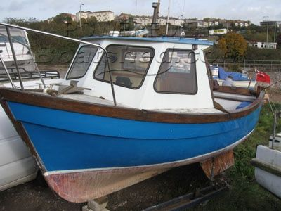 Maritime 21 21 foot fishing boat with cuddy