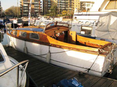 Wooden  Gentlemans River Cruiser 24