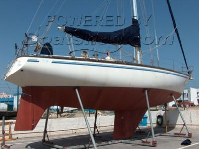 Stern 41 Blue Water Cruiser