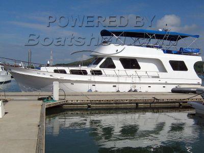 Wood / Epoxy Motor Yacht