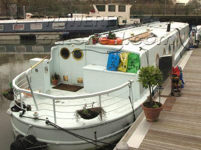 Wide Beam Houseboat / cruiser 60'
